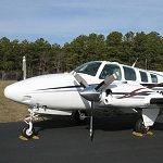 Beechcraft Baron 58 with factory radar, Blunt nose